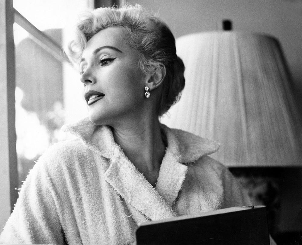 За За Габор Подслушиваем, как знаменитые женщины обсуждают мужчин и бриллианты
