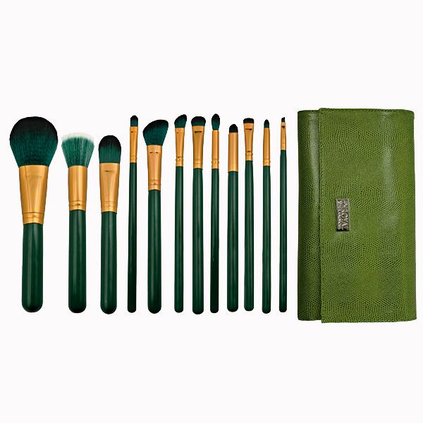 Набор кистей для макияжа Royal Langnickel 29.99 Семь идеальных наборов кистей, которые так и просятся в косметичку