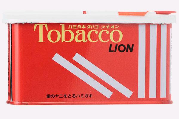 Японская антитабачная паста Lion 8 прогрессивных средств для ухода за зубами