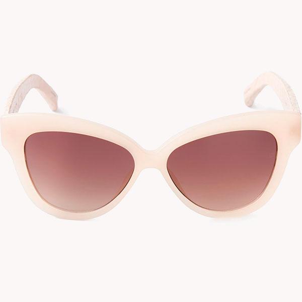 Linda Farrow 7 пар солнцезащитных очков для весны, которые надо заполучить любой ценой