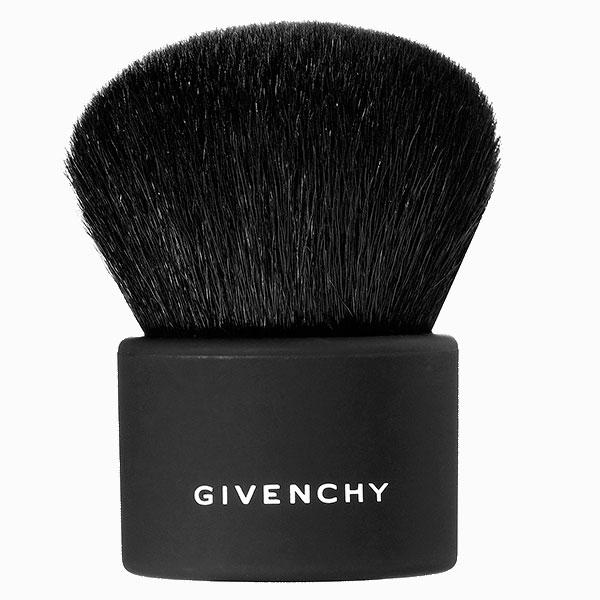 Кисть для румян и бронзаторов Kabuki от Givenchy